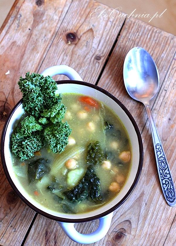 zupa-z-jarmuzem